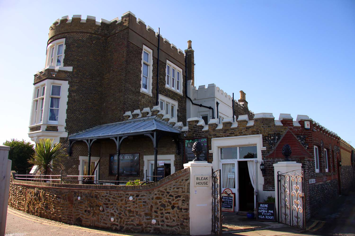 Bed And Breakfast Broadstairs Bleak House Broadstairs Wikipedia