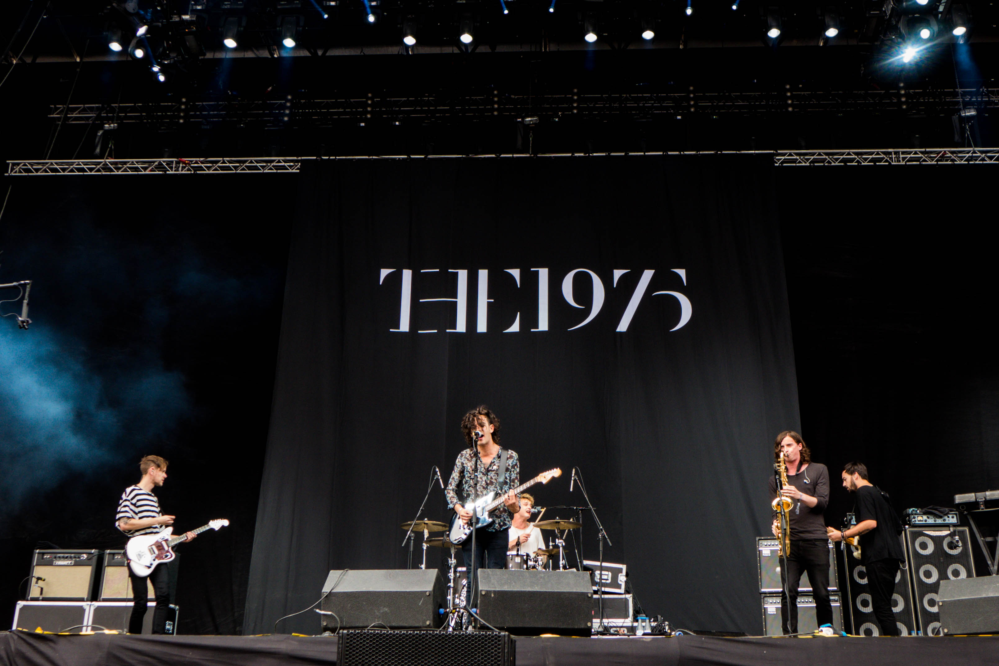 Early Fall Hd Wallpaper The 1975 Announce Fall North American Tour Dates