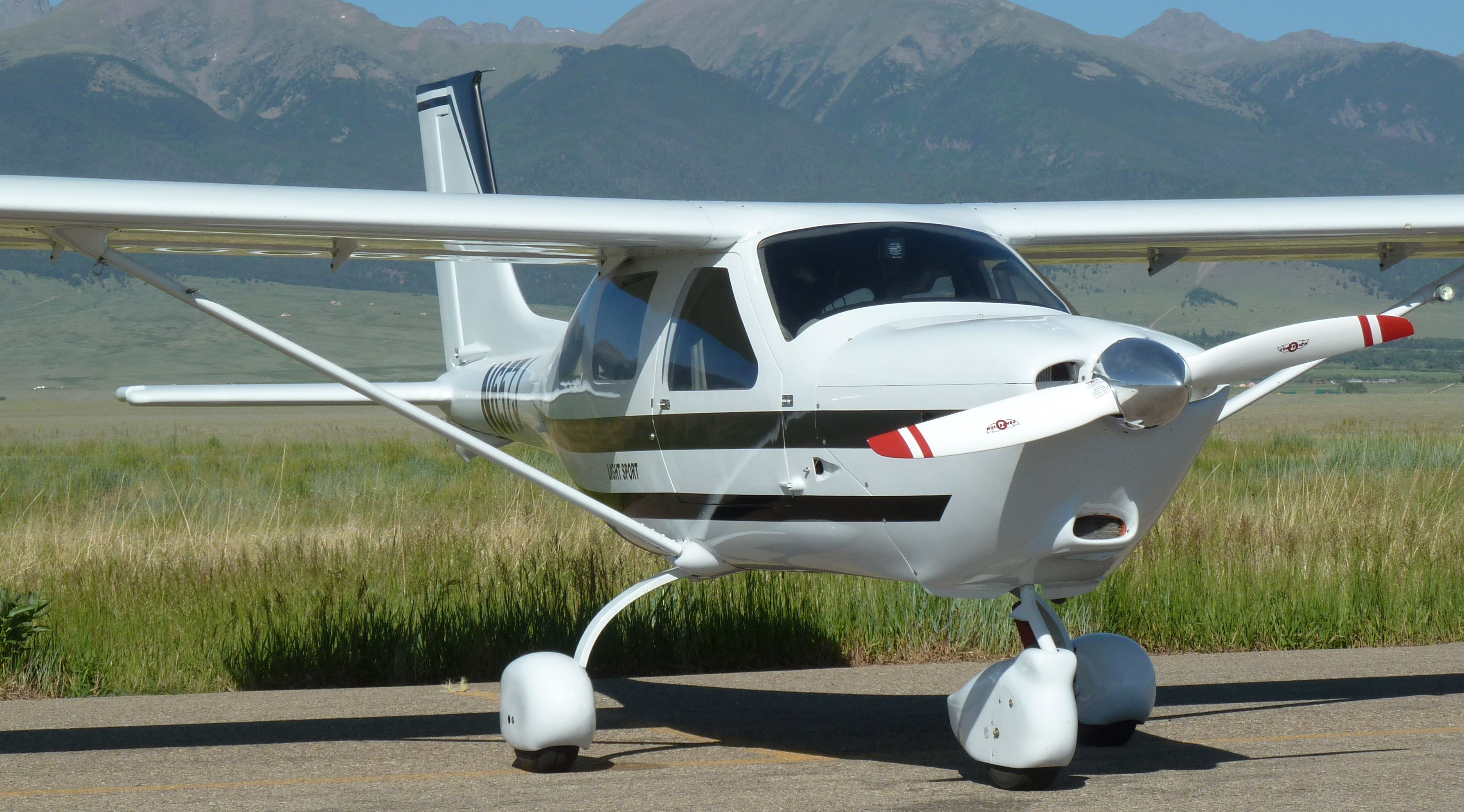 Light Sport Aircraft Light Sport Aircraft
