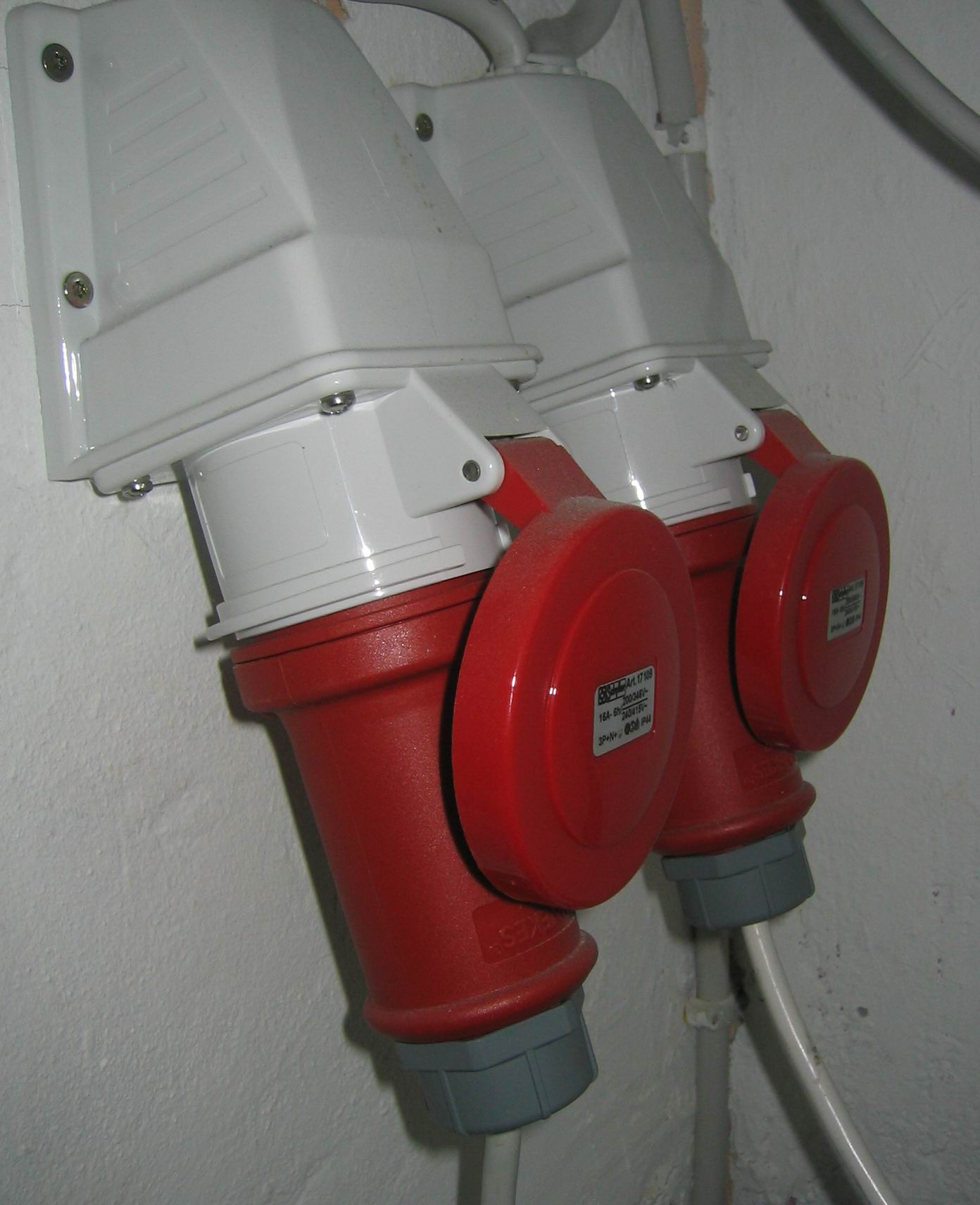 110v Breaker Box Wiring Diagram Iec 60309 Wikipedia