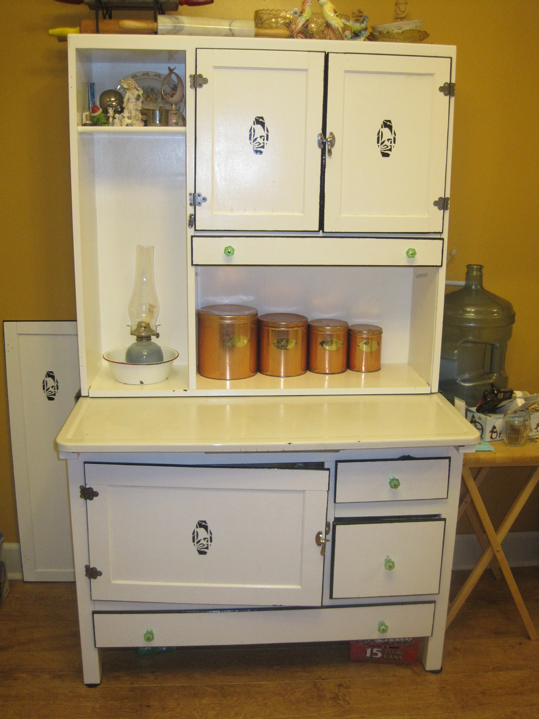 Easy Way To Make Own Kitchen Cabinets Hoosier Cabinet Wikipedia
