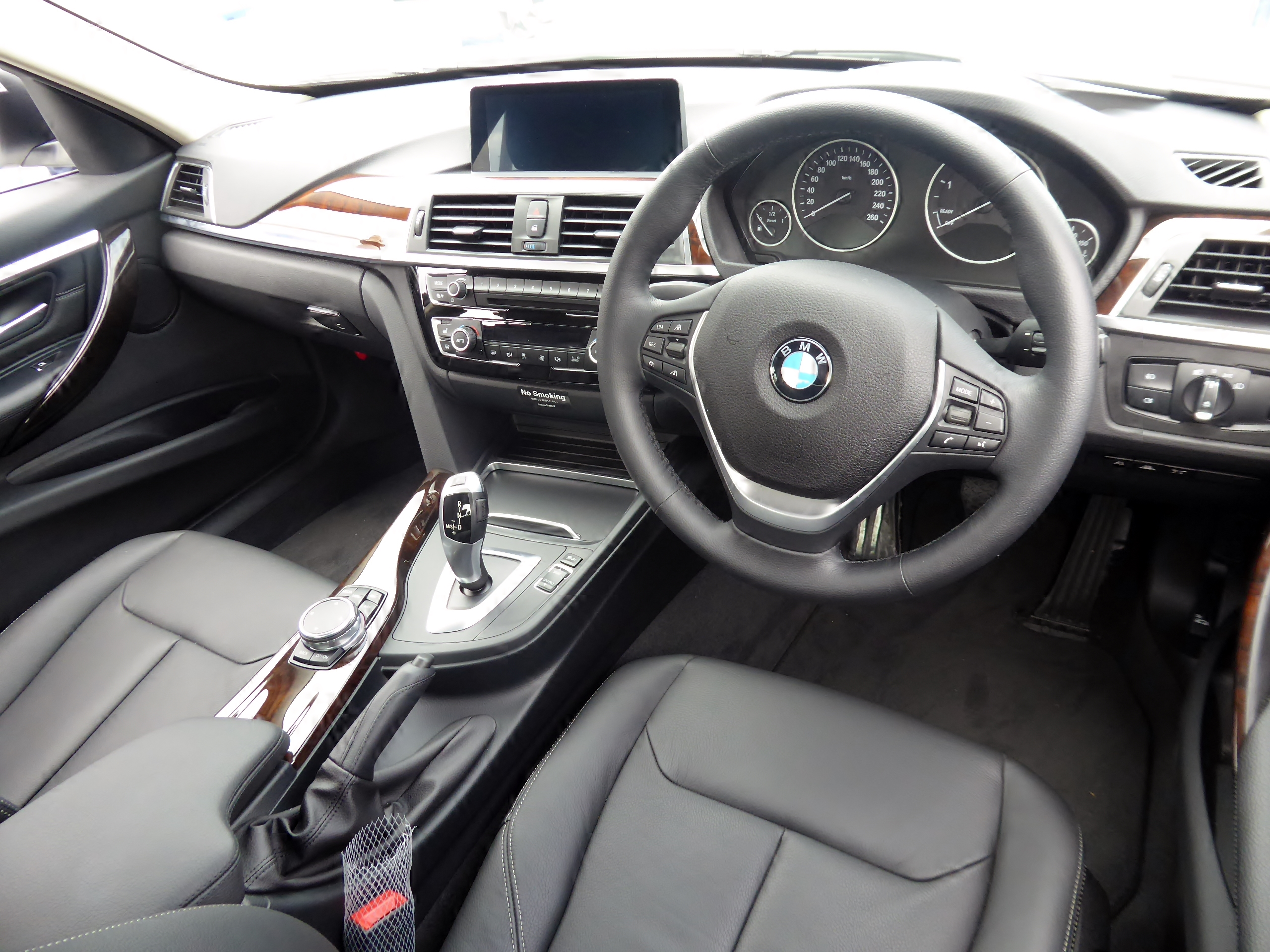 F30 Interieur File Bmw 320d Luxury F30 Interior Jpg Wikimedia Commons