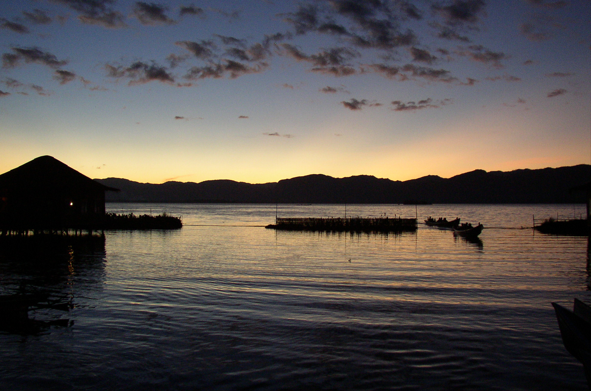 Time Wallpaper Quotes File Inle Lake Evening Jpg Wikimedia Commons