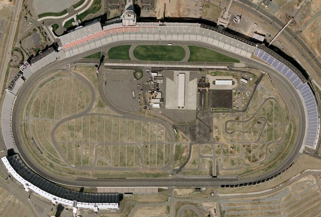 Charlotte Motor Speedway - Wikipedia