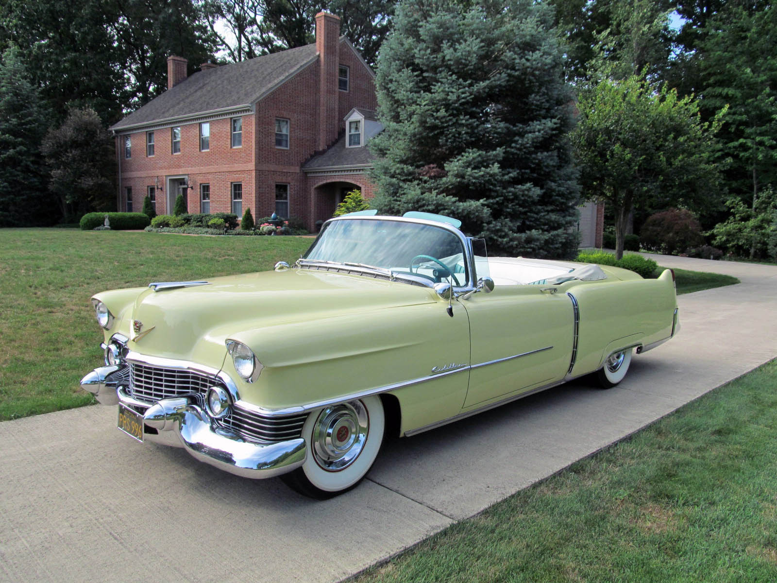 Luxury Car Pictures Wallpaper File 1954 Cadillac Series 62 Convertible Fvl Jpg