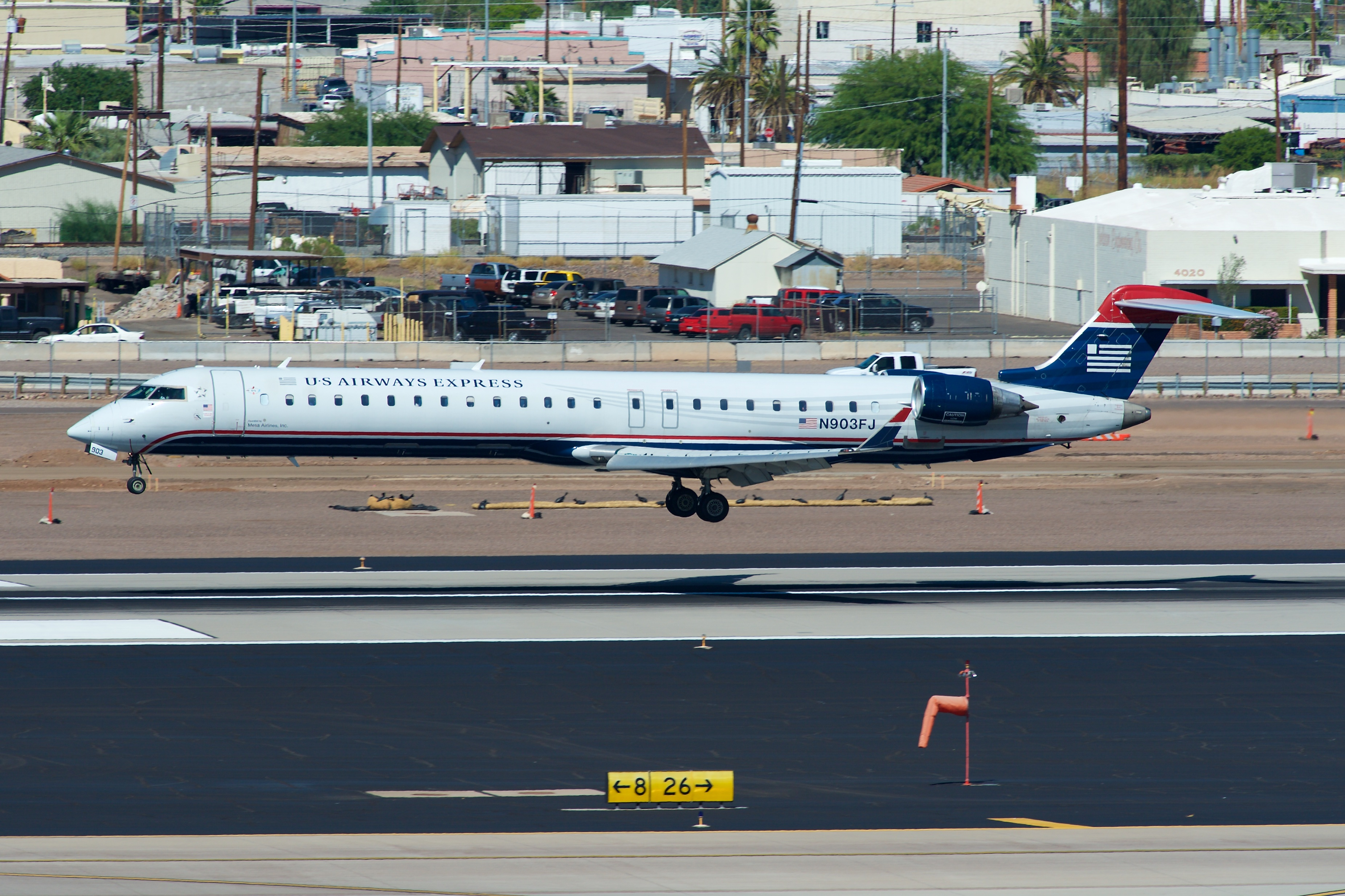 Mesa Airlines File Mesa Airlines Us Airways Express Bombardier Crj 900