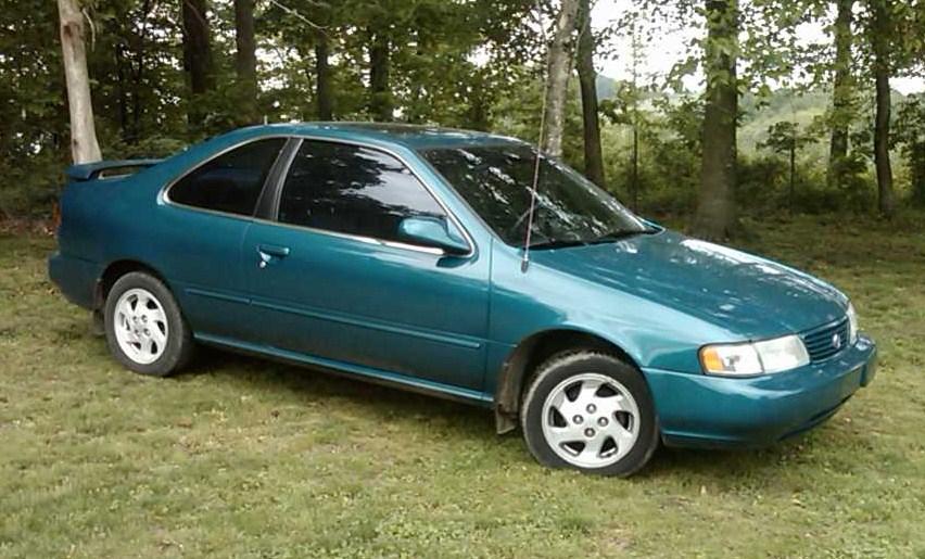 Nissan Lucino - Wikipedia