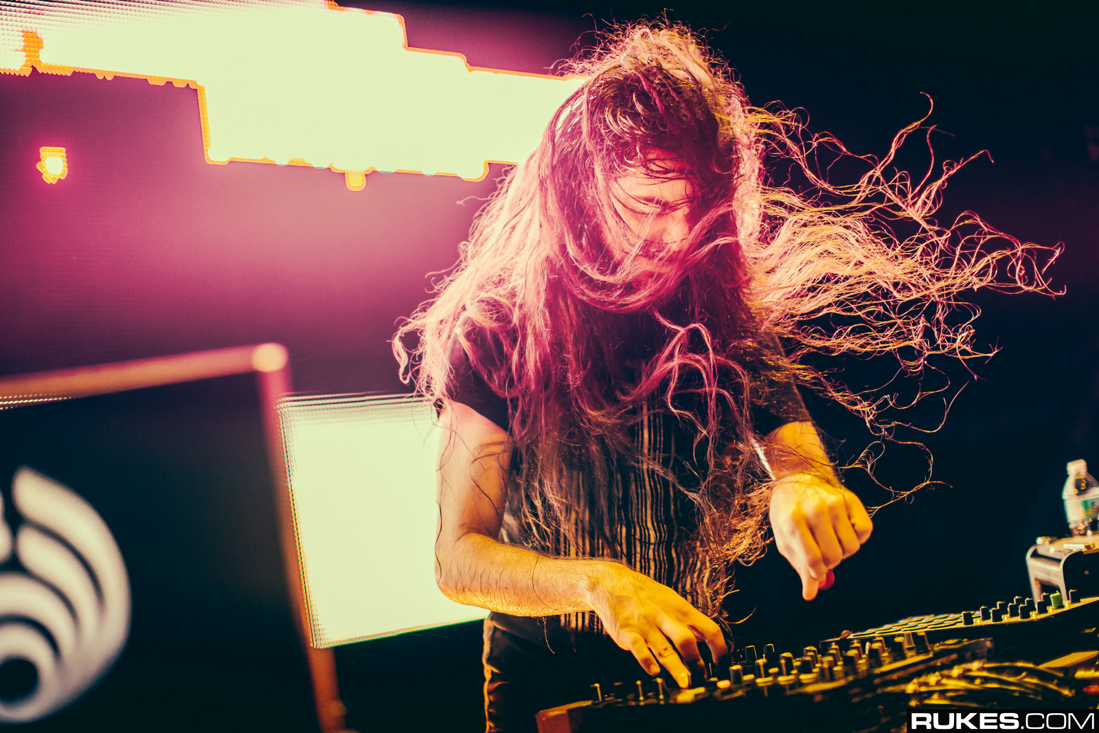 Girl Boy Wallpaper Images Bassnectar Wikipedia