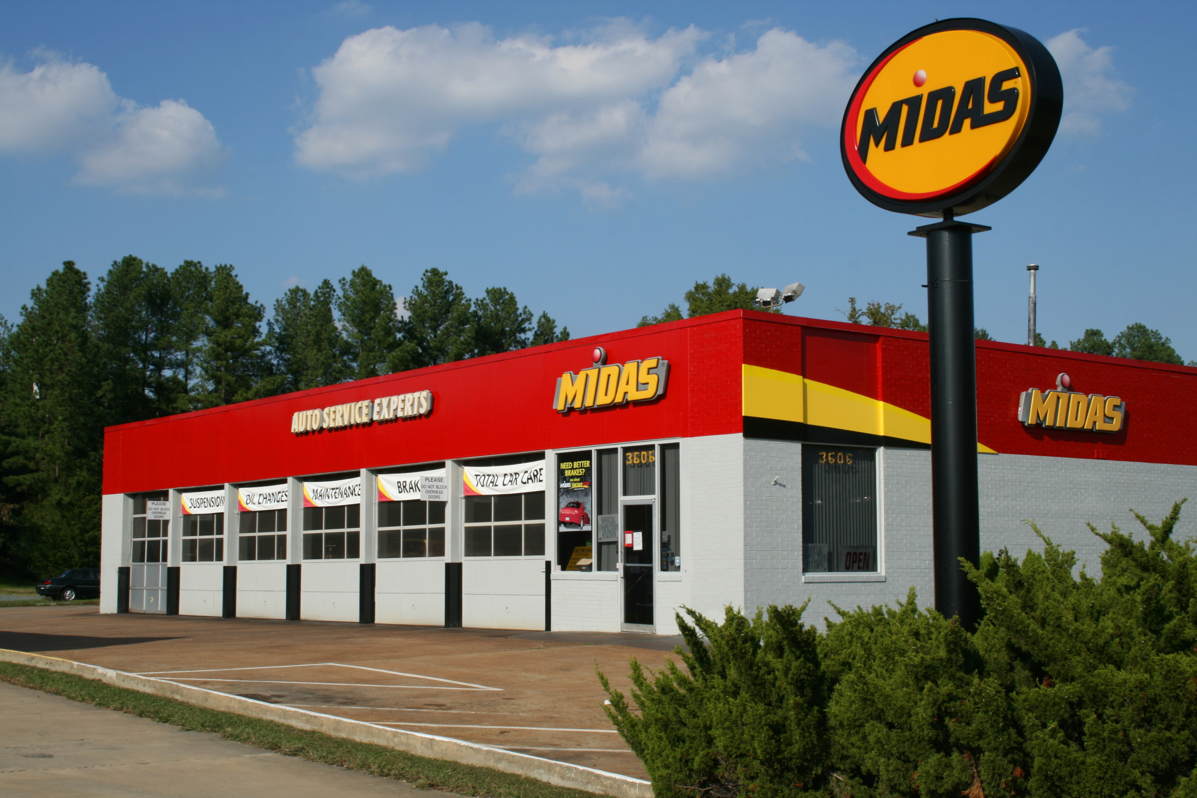 Garage Experts Chapel Hill File 2008 10 05 Midas Auto Service Experts In Durham Jpg