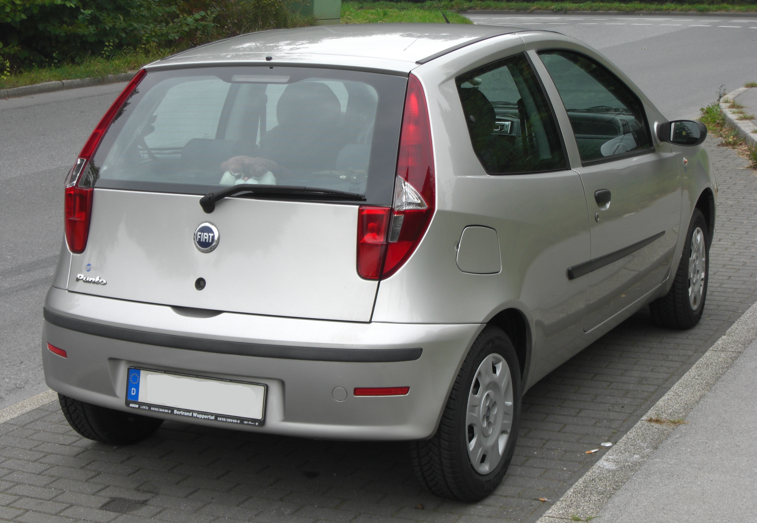 Fiat Wuppertal File Fiat Punto Ii Facelift Rear Jpg Wikimedia Commons