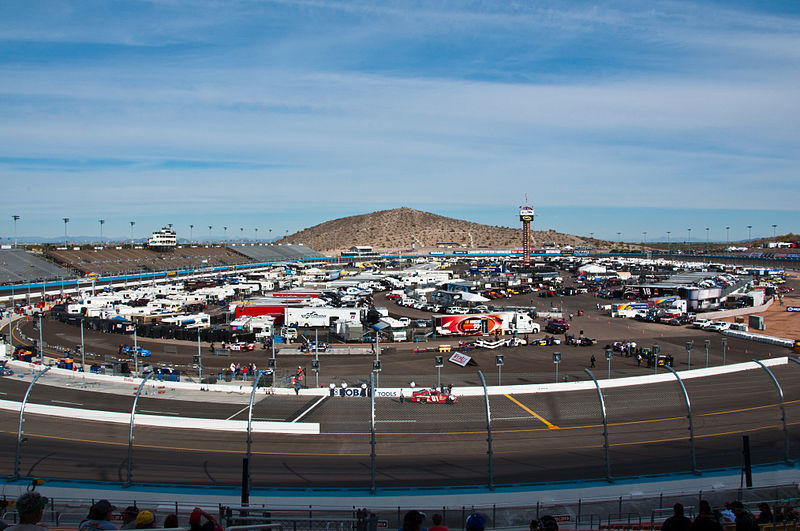 ISM Raceway - Wikipedia