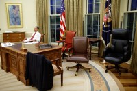 File:Barack Obama trying differents desk chairs in the ...