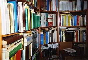 English: A whole lotta books in my personal li...