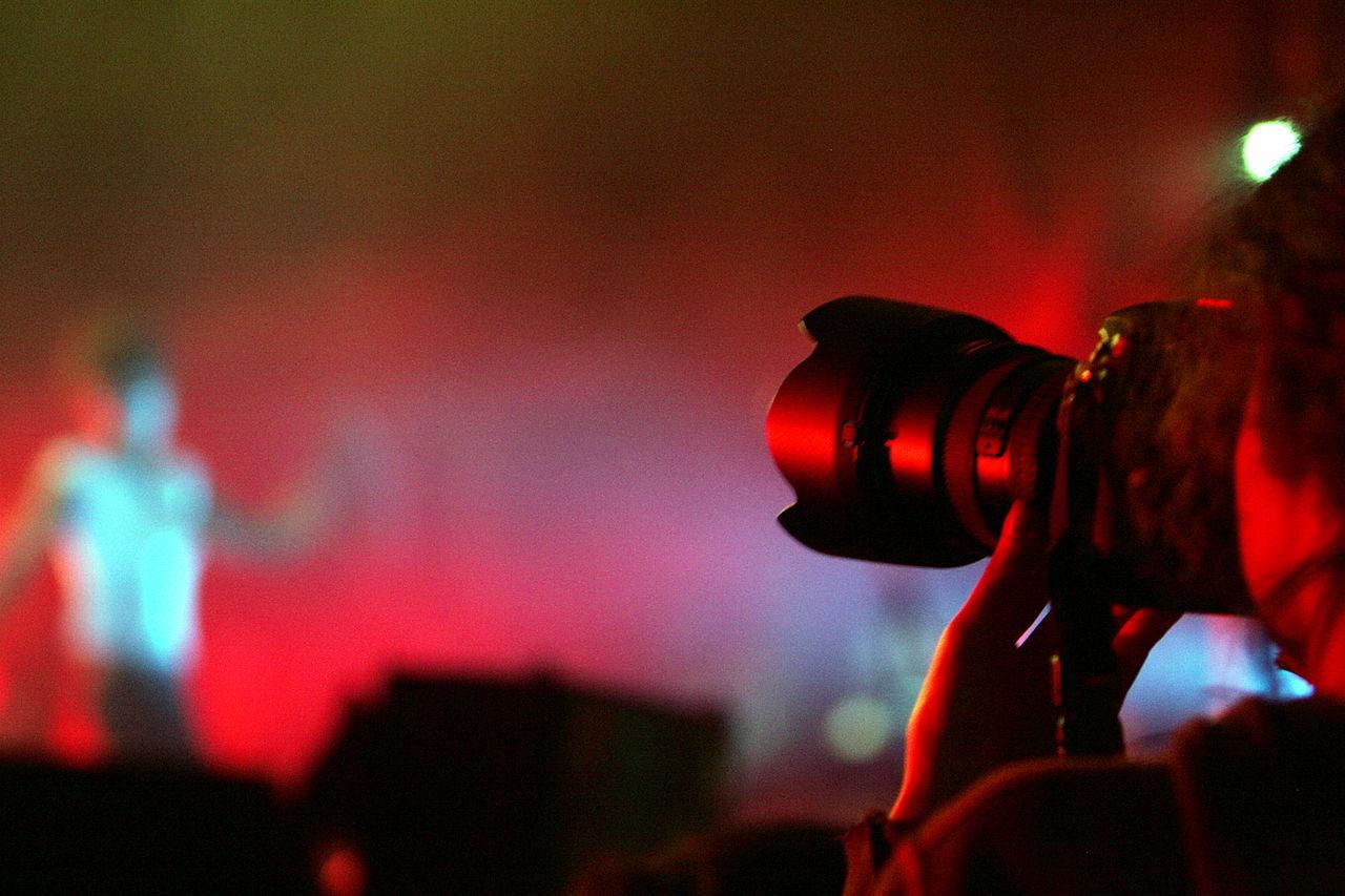 Come congelare l'azione di un concerto dal vivo