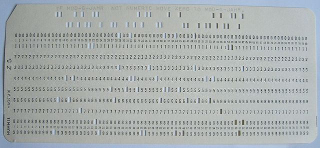 FilePunch-card-coboljpg - Wikimedia Commons - punch cards