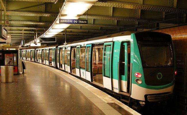 Paris Métro Line 2 Wikipedia