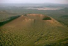 البراكين البركان ابحاث مصور البراكين 220px-Sunset_Crater1