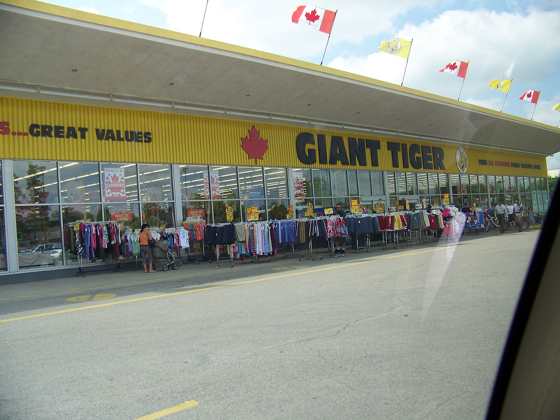 Store Banne Vehicule Giant Tiger Wikipedia