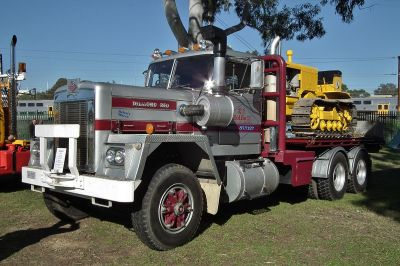 Diamond Reo Trucks - Wikipedia
