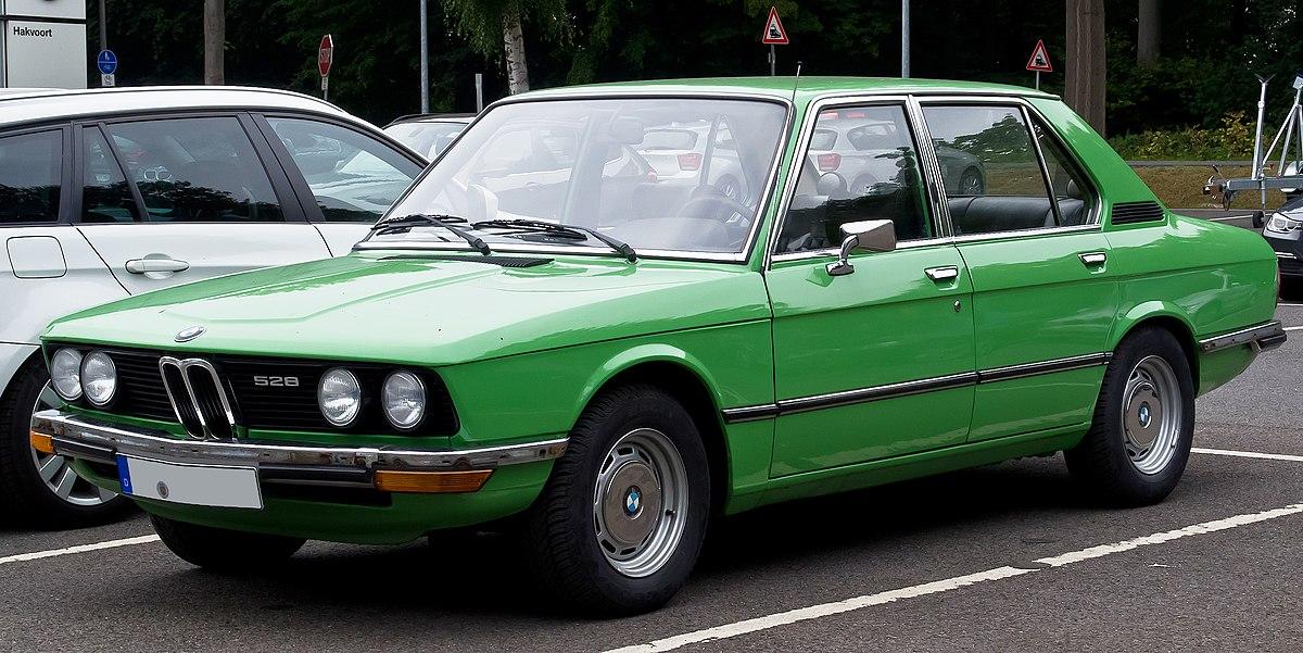 BMW 5 Series (E12) - Wikipedia