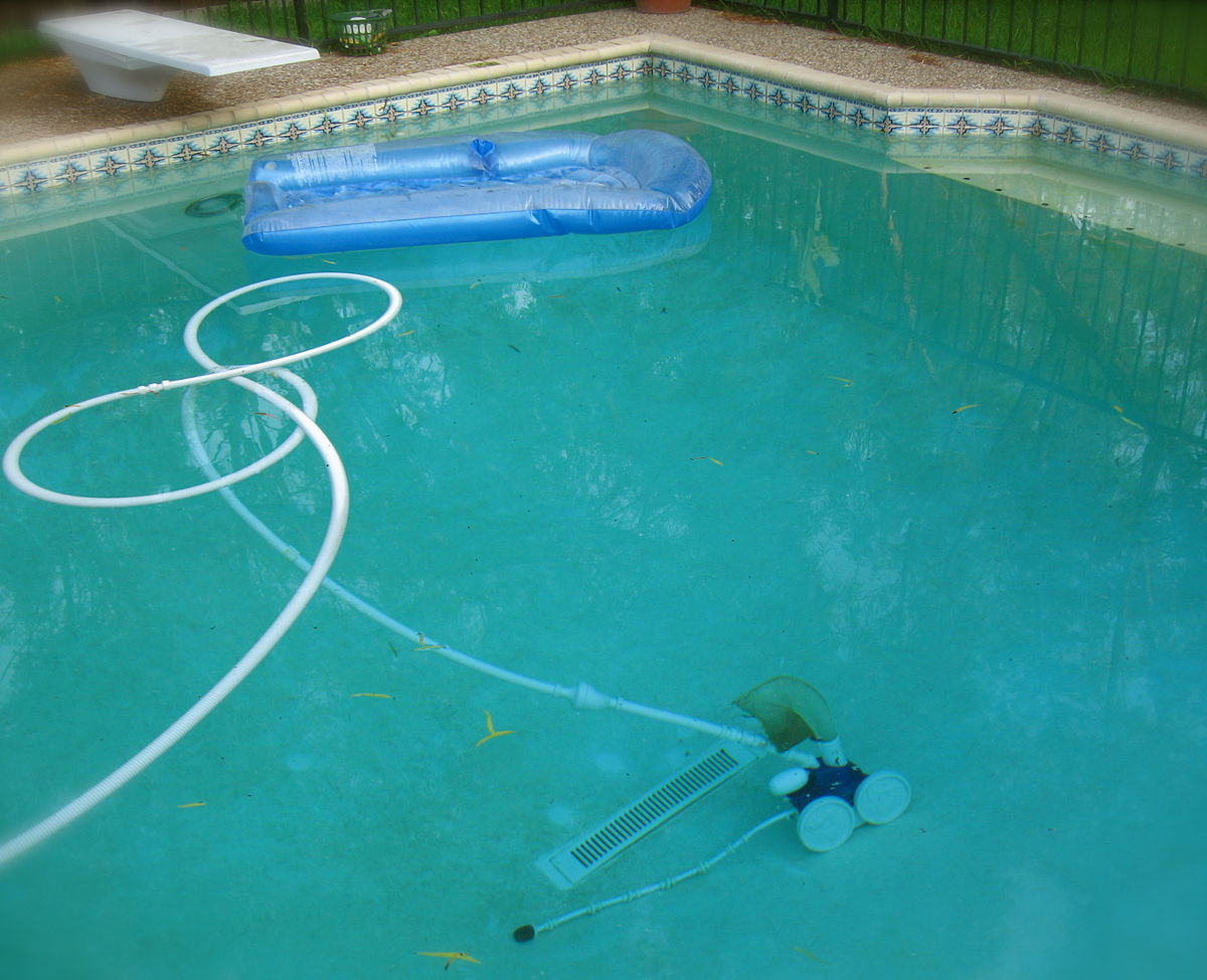 Swimming Pool Filter Pump Price Automated Pool Cleaner Wikipedia