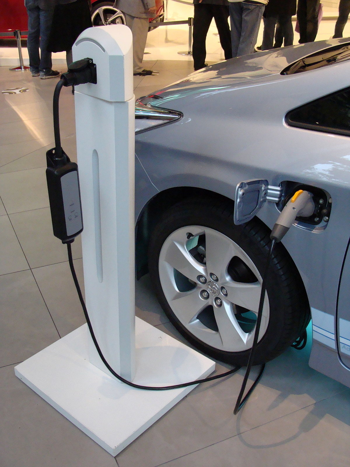 For Electric And Hybrid Vehicles Government Incentives For Plug In Electric Vehicles Wikipedia