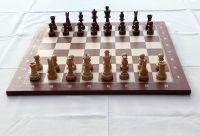 Chess set - Wikipedia