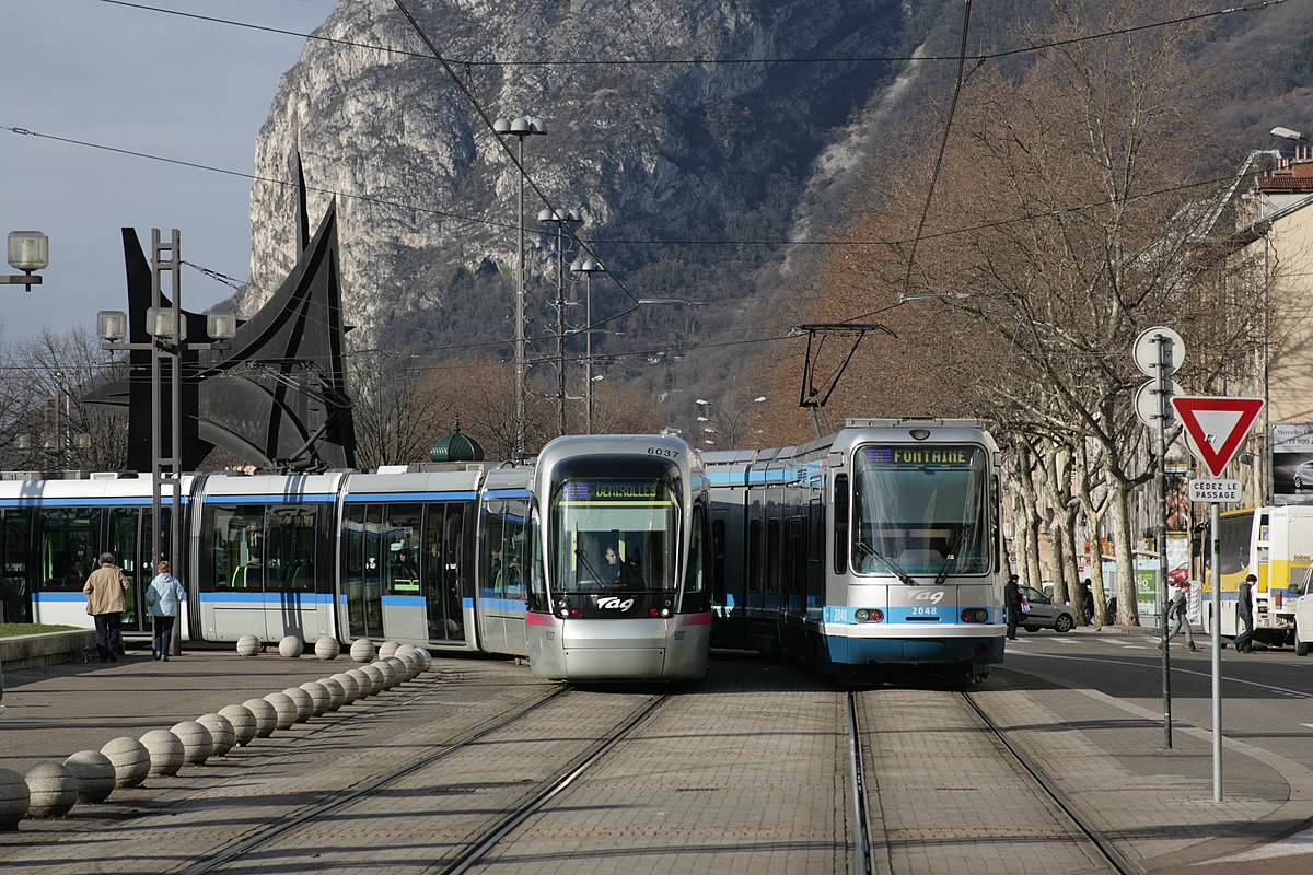 Bus Bordeaux Grenoble Grenoble Tramway Wikipedia