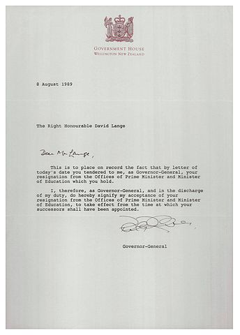 FileLetter accepting resignation of David Lange as Prime Minister - accepting resignation