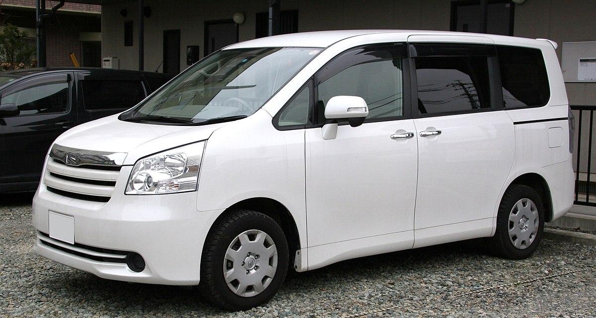 Toyota Noah - Wikipedia