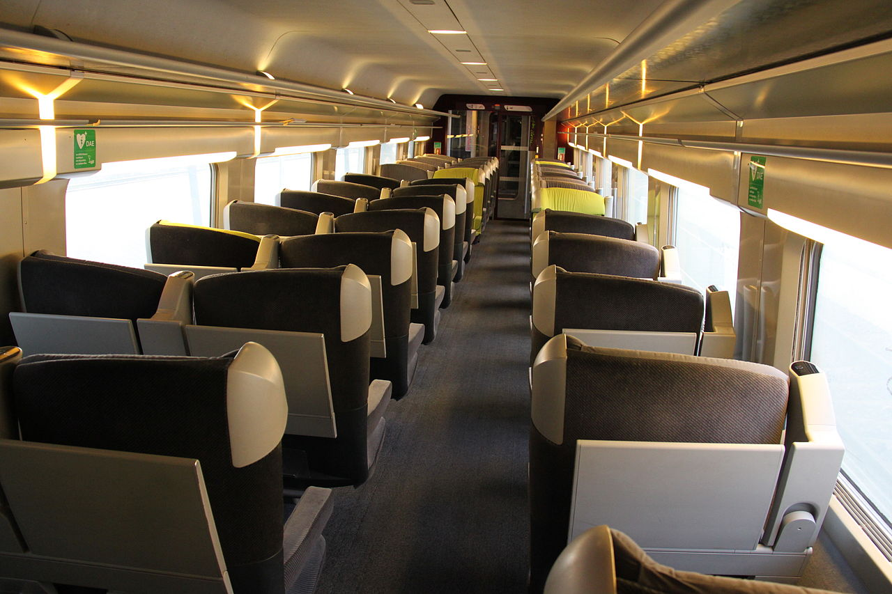 Design Interieur Tgv File Tgv Lacroix First Class Interior Jpg Wikimedia Commons