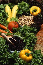 Food for Life distributes food on an internati...