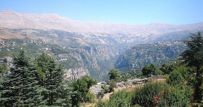 Fall In The Mountains Wallpaper Bsharri Wikipedia