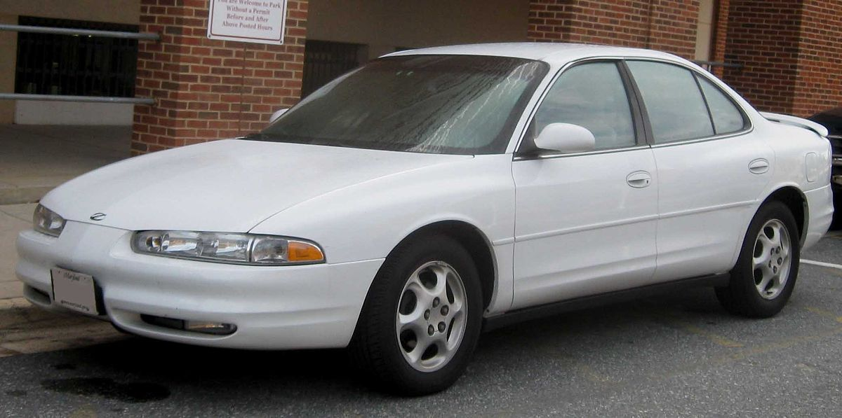 Oldsmobile Intrigue - Wikipedia