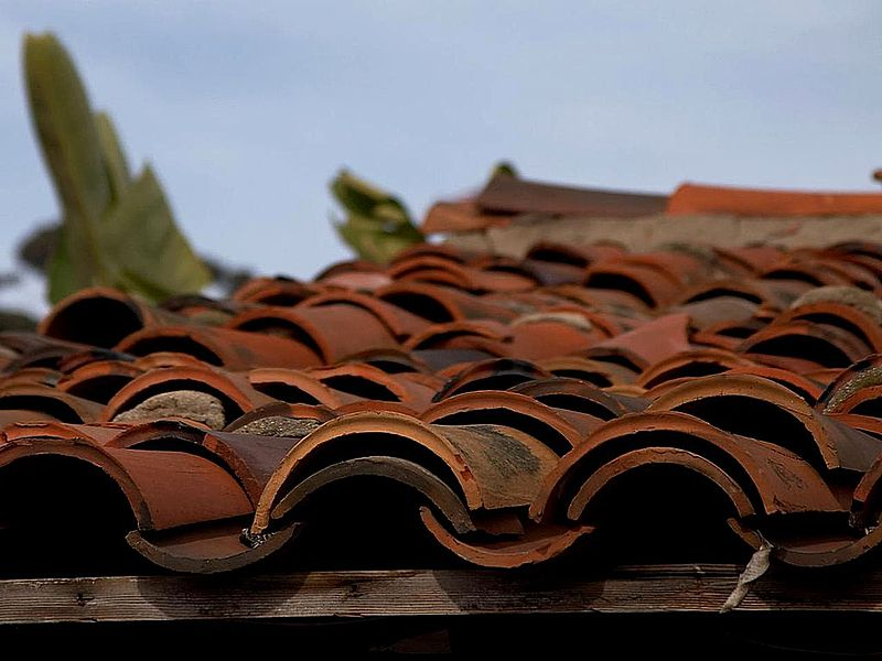 Keramik Fliesen Wiki File:ceramic Roofing Tiles.jpg - Wikimedia Commons