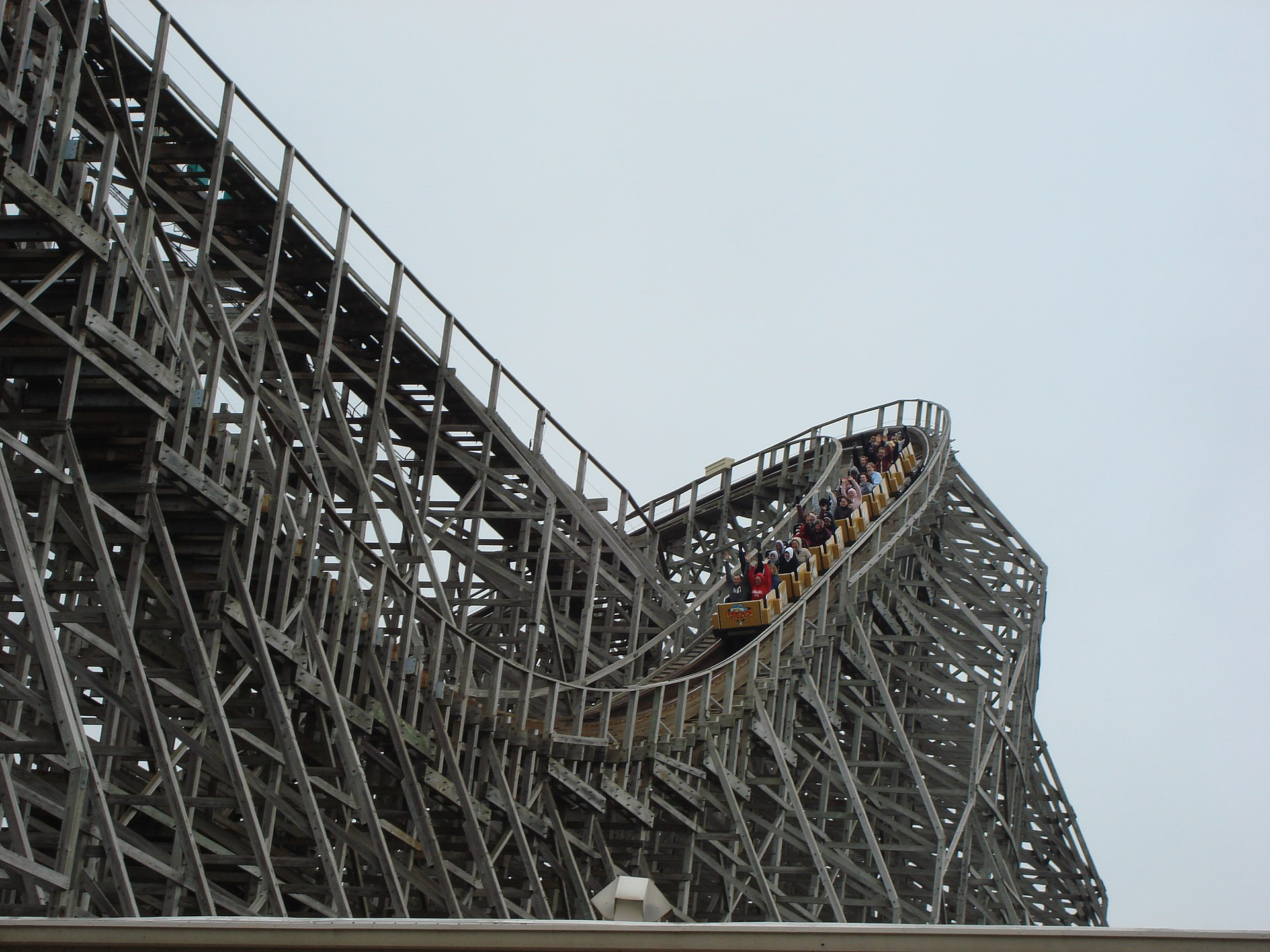 Large Coasters Wooden Roller Coaster Wikipedia