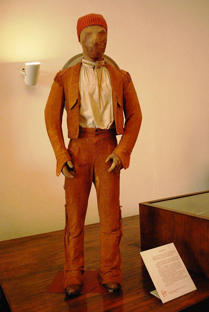 cv original mannequin