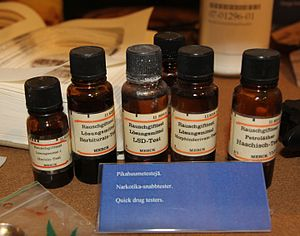 Quick drug testing reagents. Photographed in F...