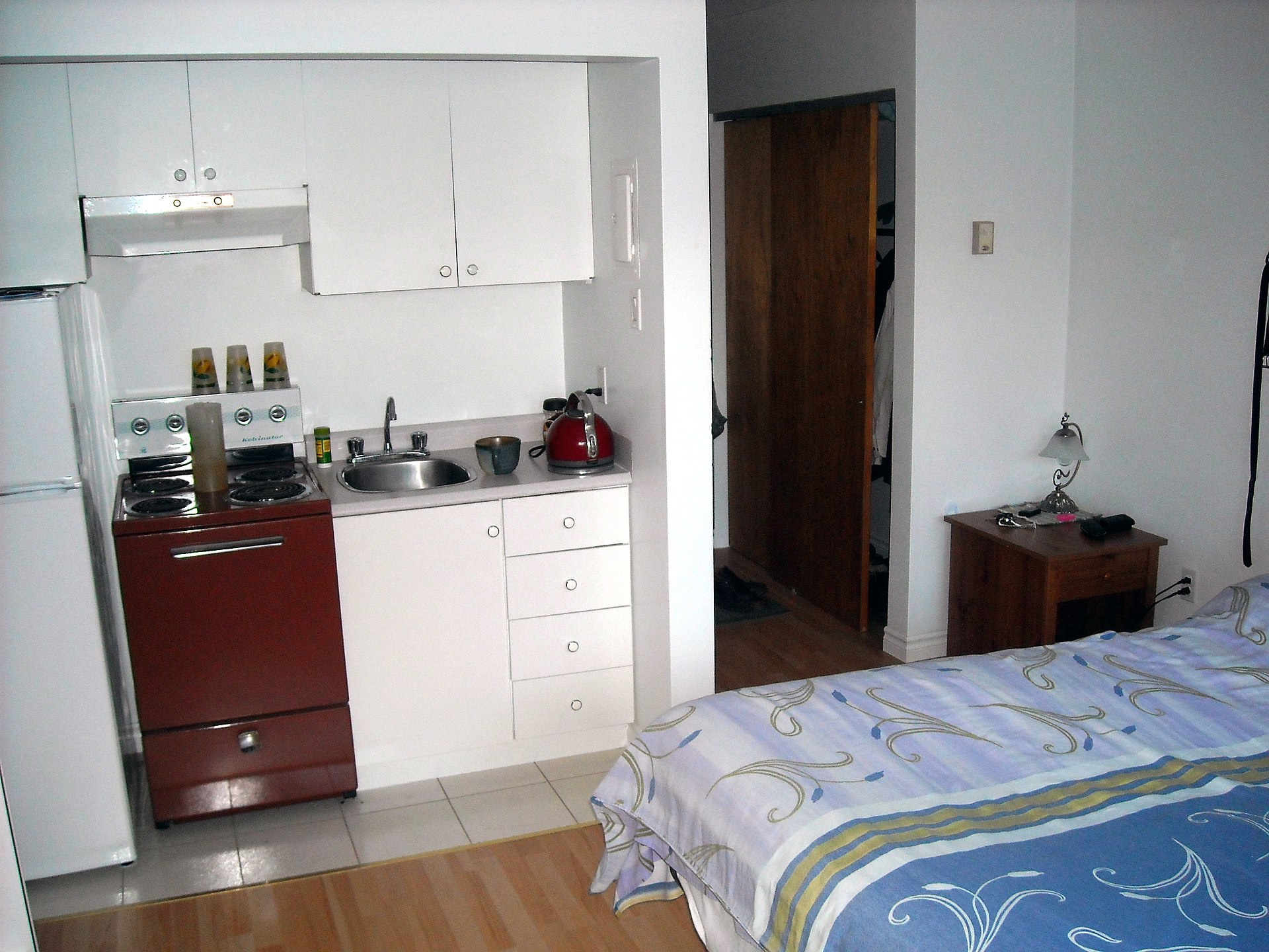 Efficiency Apartment Vs Studio Kitchenette Wikipedia