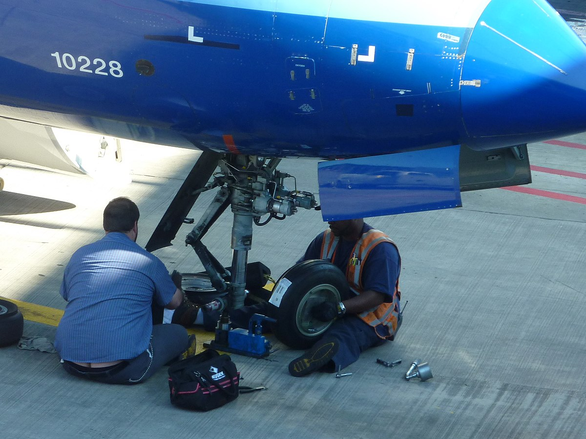 airframe mechanic