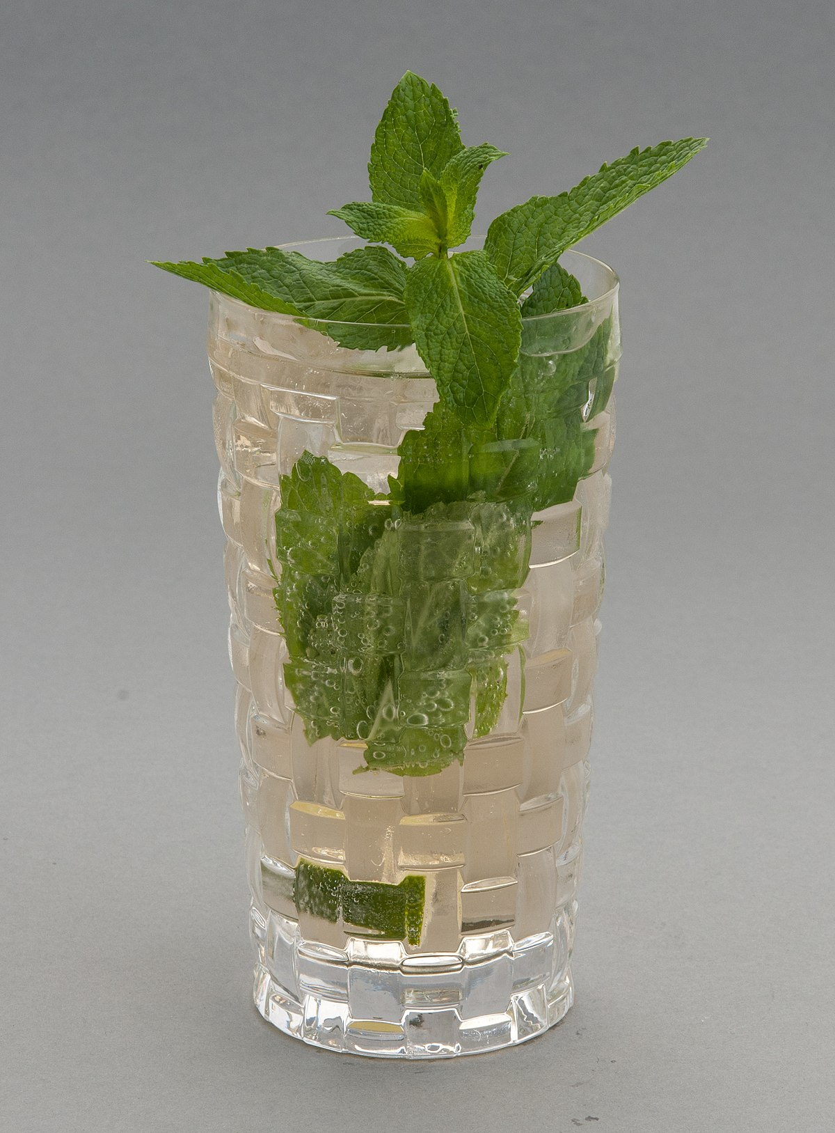 Bar En Verre But Mojito — Wiktionnaire