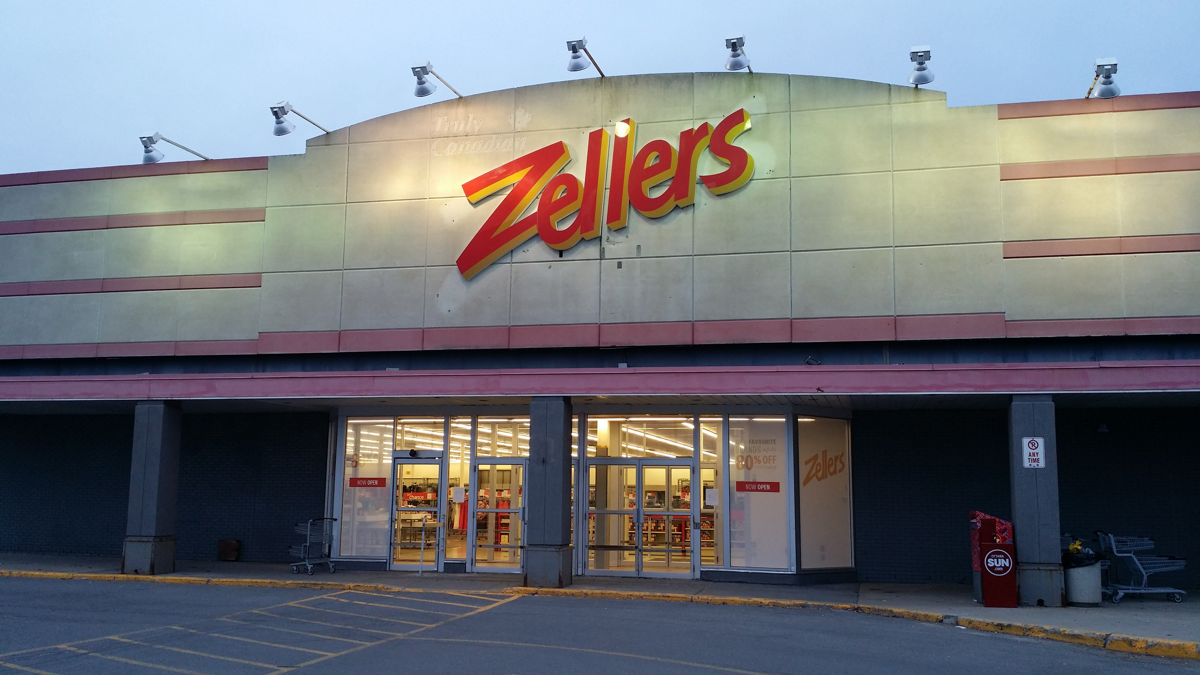 Ottawa Store File A Re Opened Zellers Store At Bells Corners In Ottawa