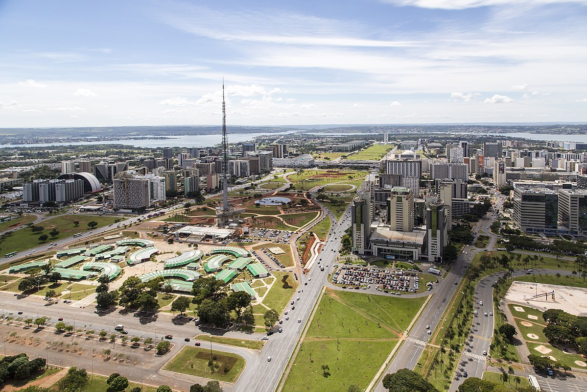 Brasilia Df Monumental Axis - Wikipedia
