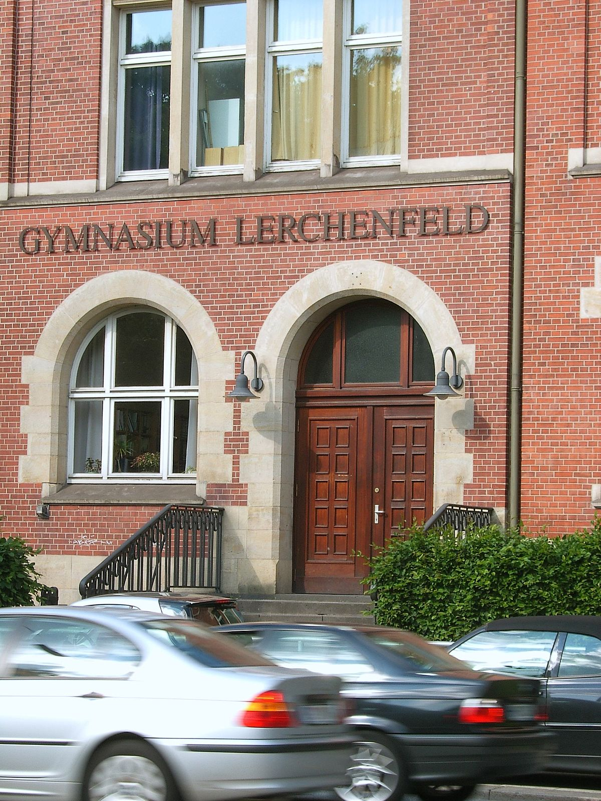 Deutsch Klasse 1 Gymnasium Lerchenfeld – Wikipedia