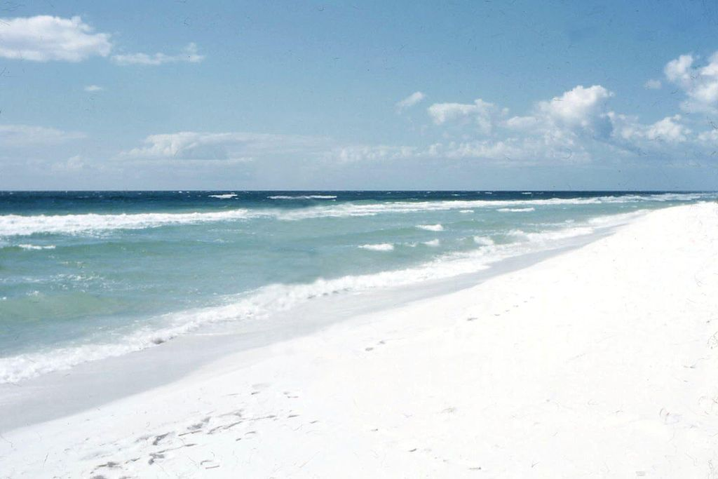 Mississippi State Wallpaper Iphone File Pensacola Beach 1957 White Sand Jpg Wikimedia Commons
