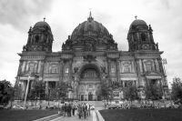 File:Berliner Dom in Schwarz und Wei.jpg - Wikimedia Commons