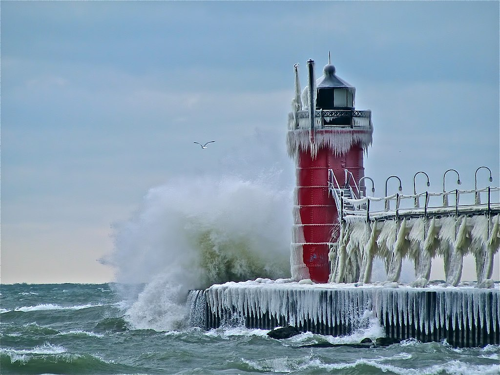Old Time Car Wallpaper Hd File South Pier Lighthouse At South Haven Mi Jpg