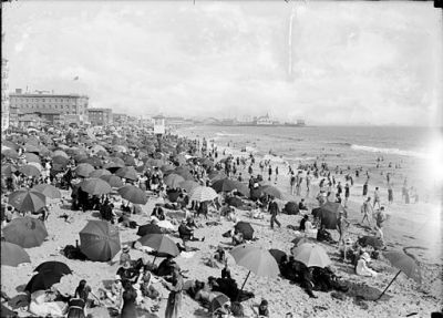 Ocean Park Beach in Santa Monica crowded with bathers, ca.1910 (CHS-11211)