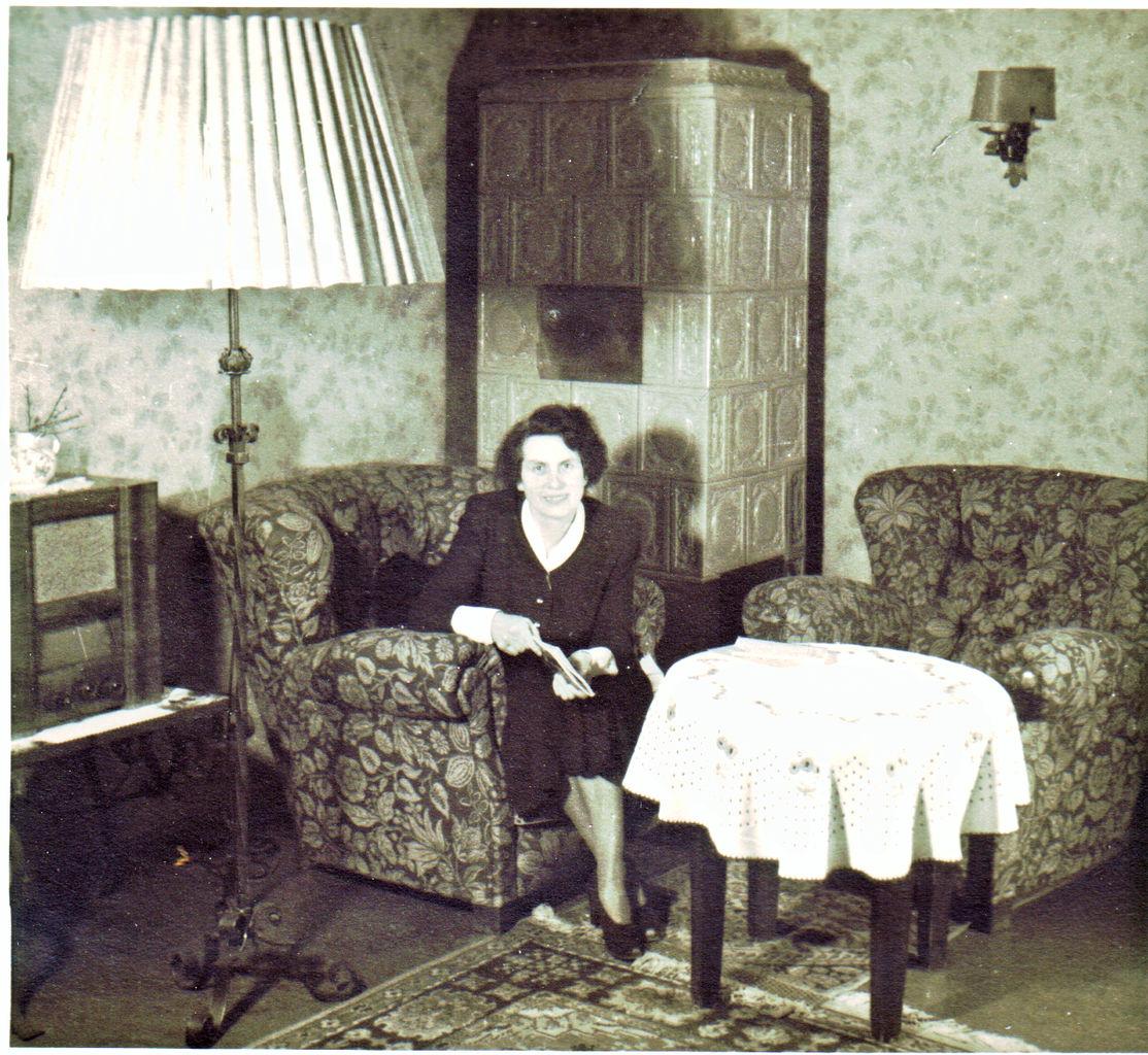 file wohnzimmer berlin um 1950 jpg wikimedia commons
