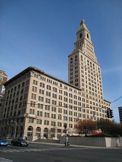 File:Travelers Tower, Hartford, CT - view 1.JPG - Wikipedia